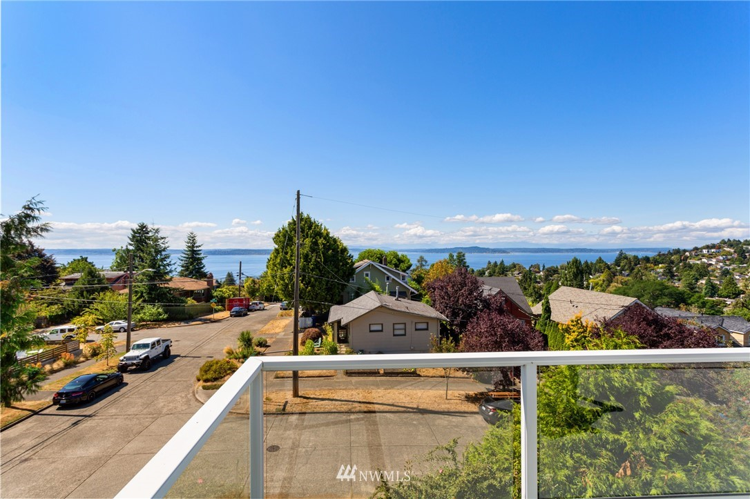 Sold Property | 5324 46th Avenue SW Seattle, WA 98136 11