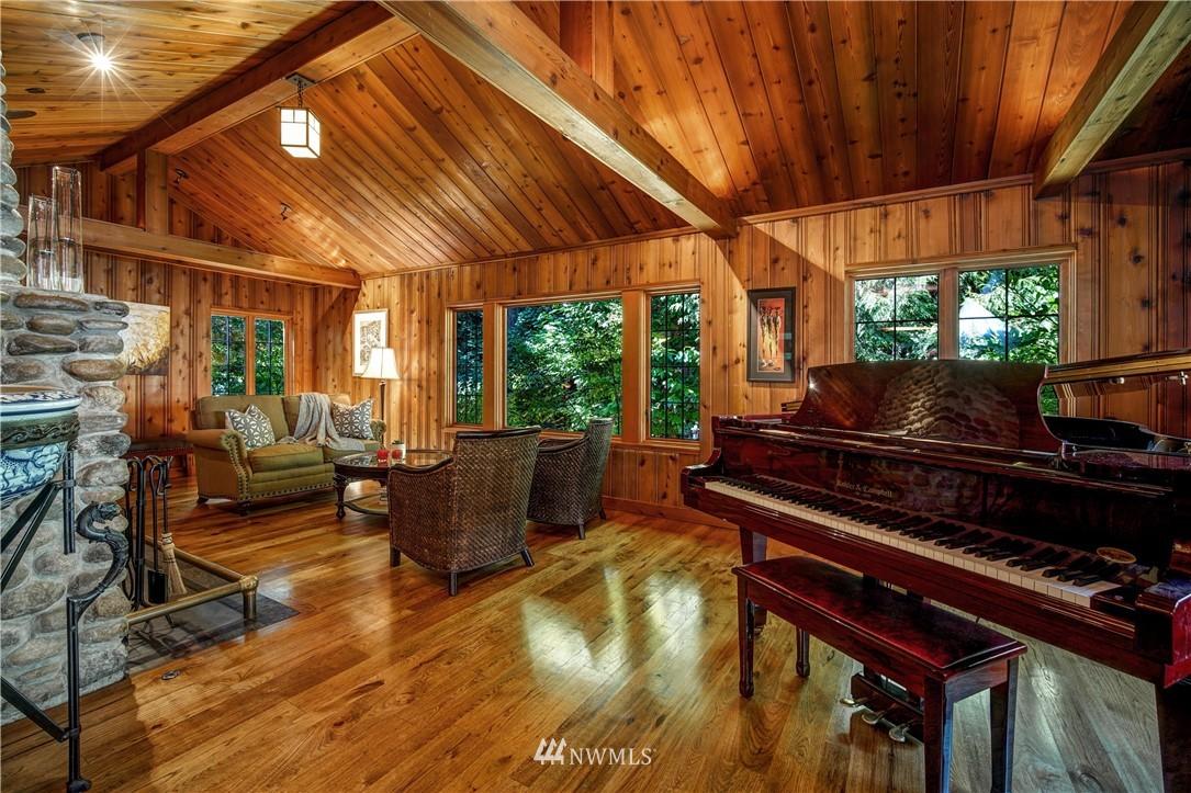 Sold Property   2708 106th Place SE Beaux Arts, WA 98004 8