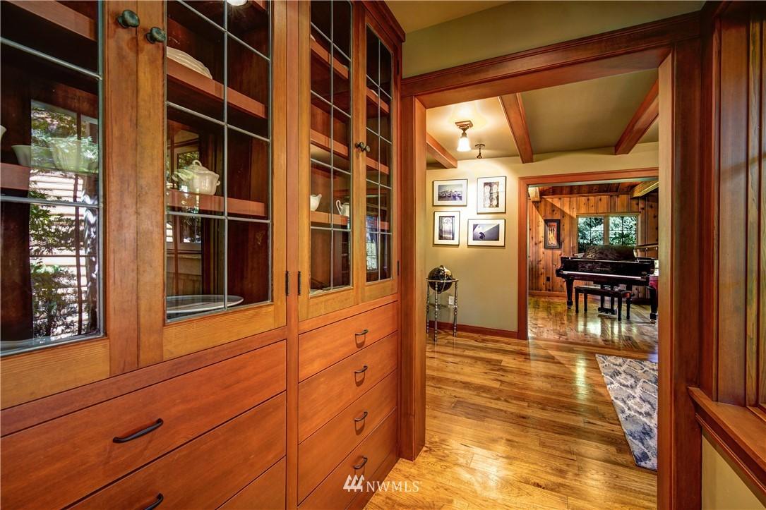 Sold Property   2708 106th Place SE Beaux Arts, WA 98004 11