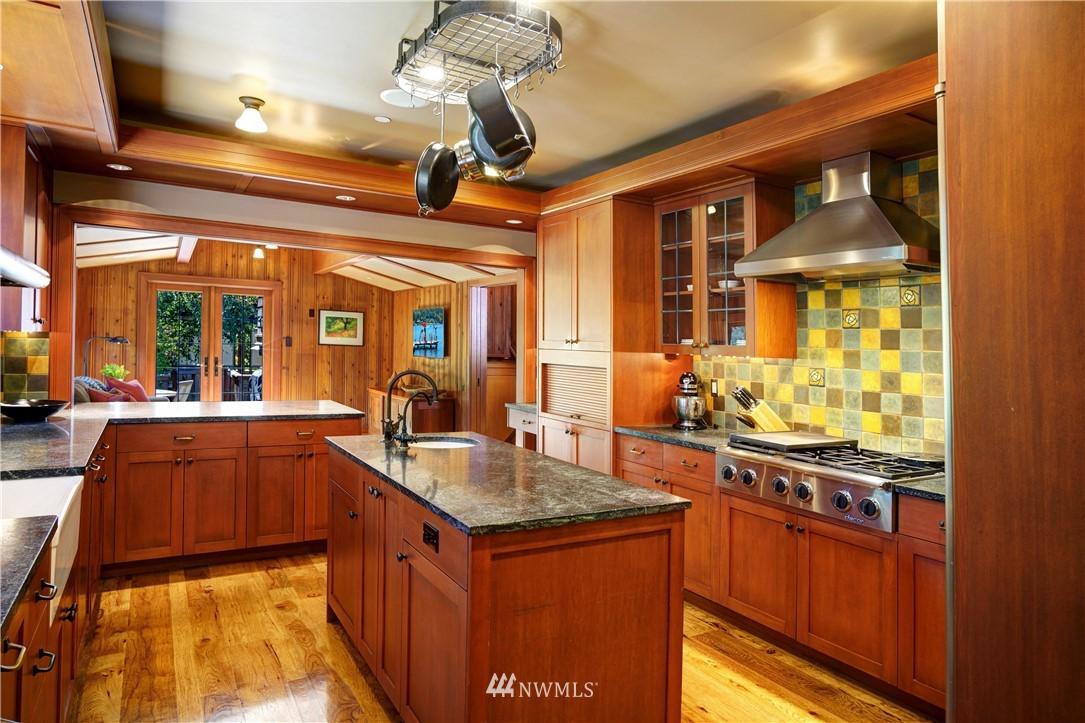 Sold Property   2708 106th Place SE Beaux Arts, WA 98004 14