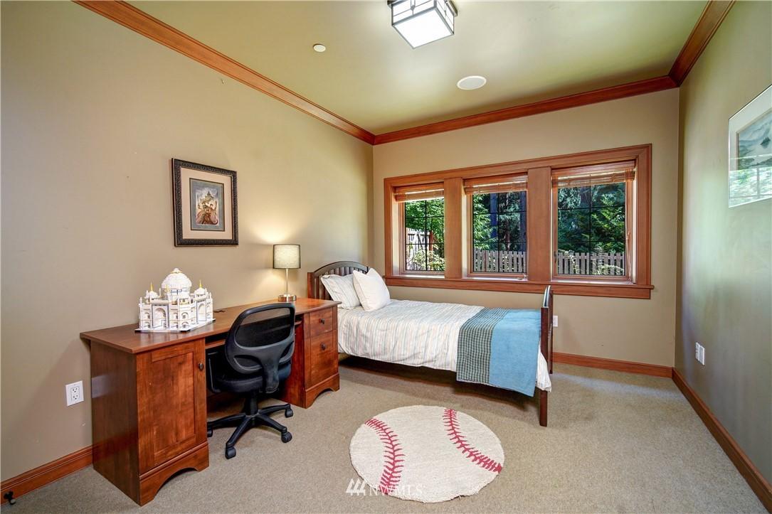 Sold Property   2708 106th Place SE Beaux Arts, WA 98004 28
