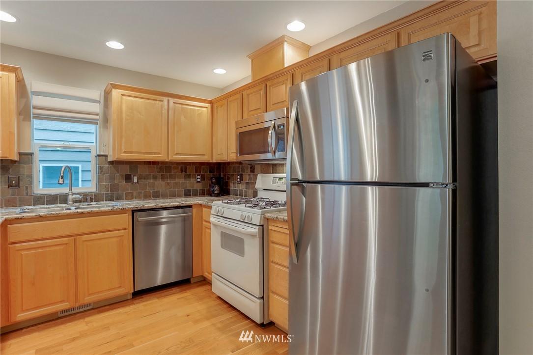 Sold Property | 5300 Glenwood Avenue #C2 Everett, WA 98203 6