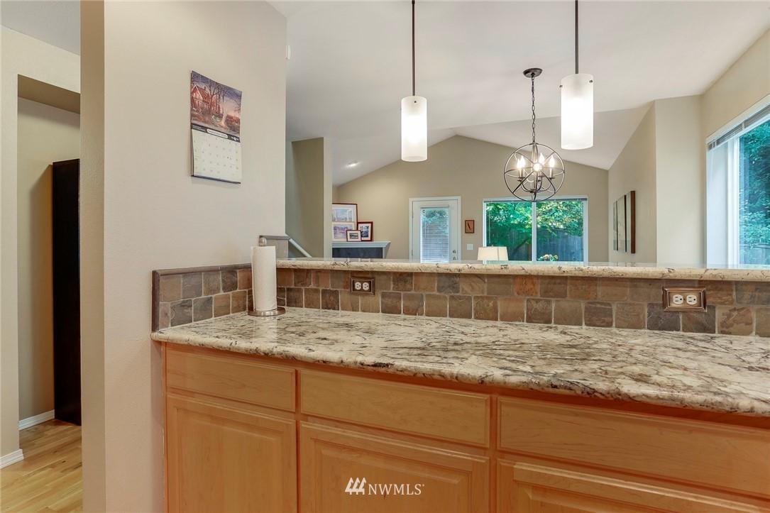 Sold Property | 5300 Glenwood Avenue #C2 Everett, WA 98203 9