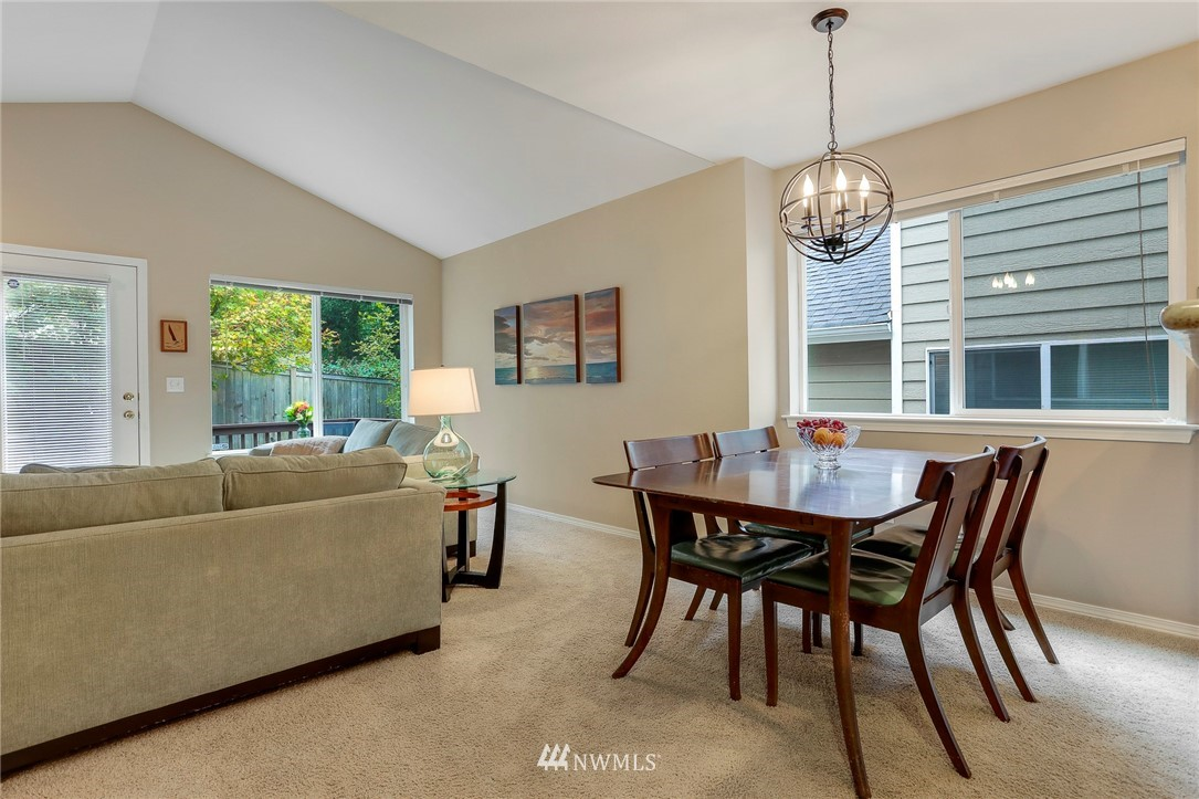 Sold Property | 5300 Glenwood Avenue #C2 Everett, WA 98203 11