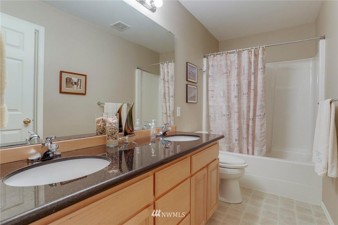 Sold Property | 5300 Glenwood Avenue #C2 Everett, WA 98203 16
