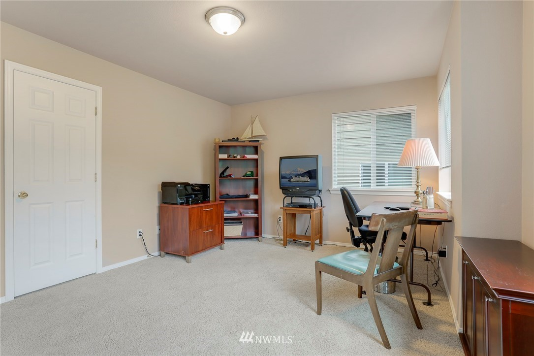 Sold Property | 5300 Glenwood Avenue #C2 Everett, WA 98203 17