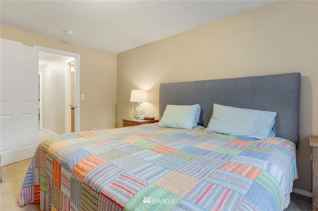Sold Property | 5300 Glenwood Avenue #C2 Everett, WA 98203 24