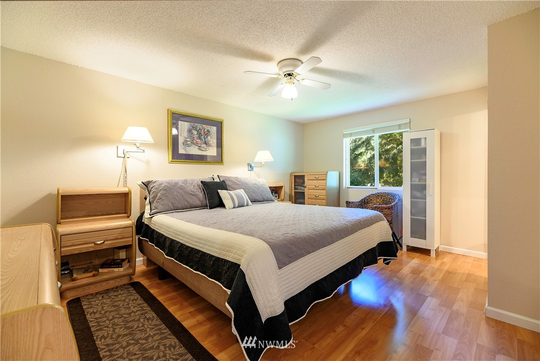Sold Property | 24024 57th Avenue SE Woodinville, WA 98072 5
