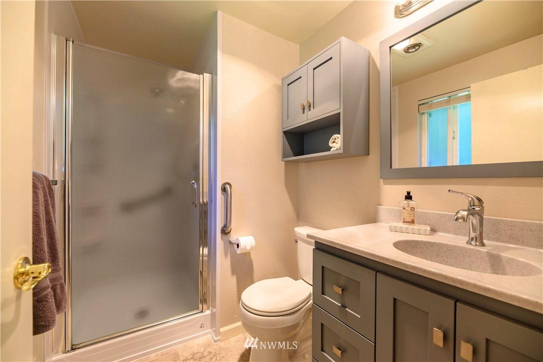 Sold Property | 24024 57th Avenue SE Woodinville, WA 98072 7