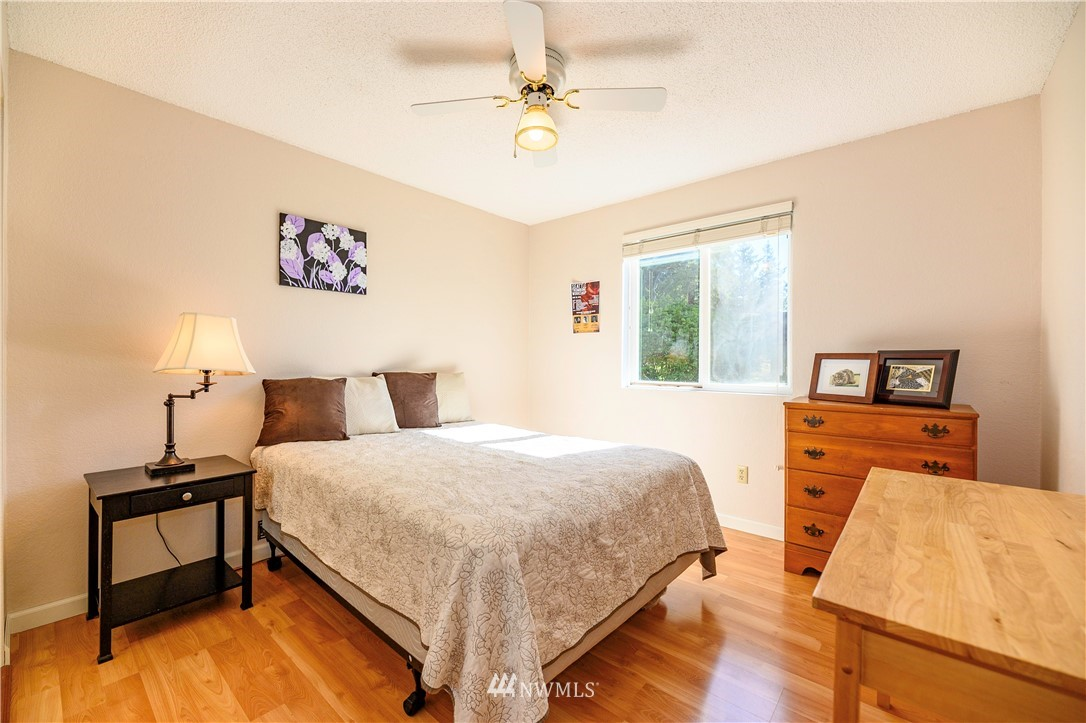 Sold Property | 24024 57th Avenue SE Woodinville, WA 98072 10