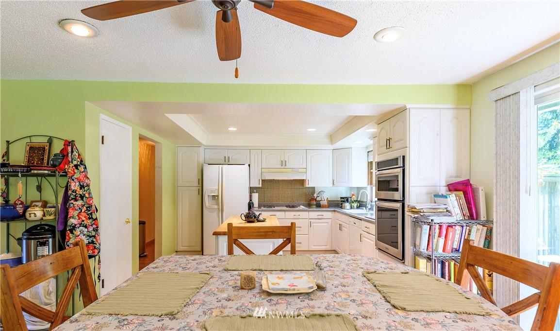 Sold Property | 24024 57th Avenue SE Woodinville, WA 98072 19