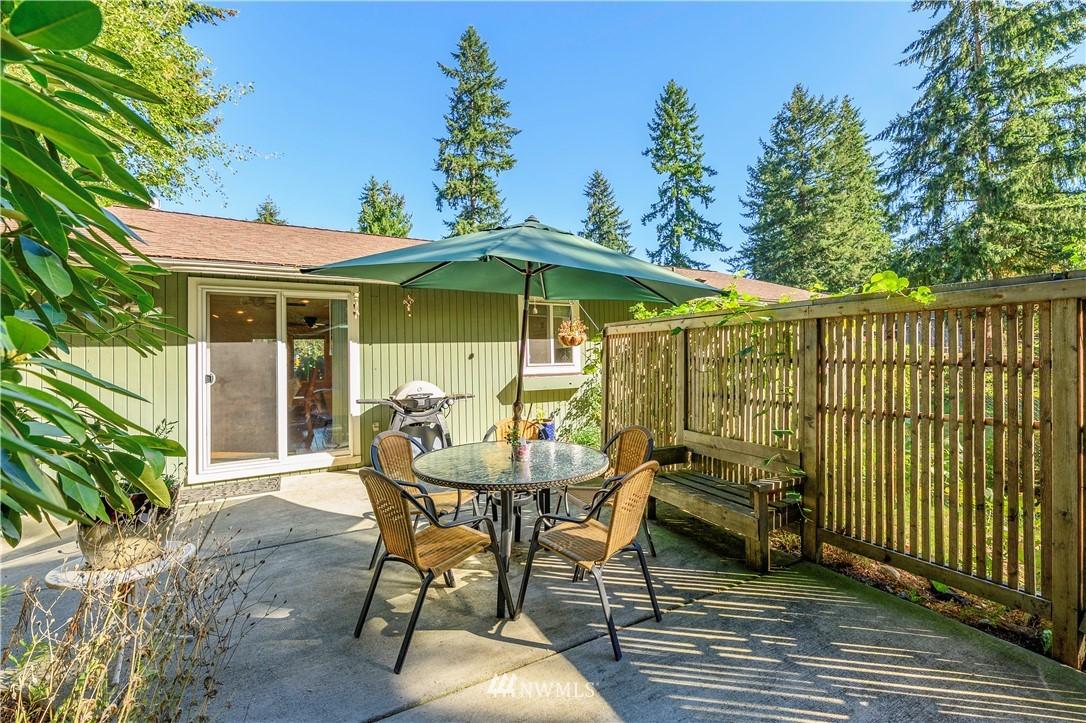 Sold Property | 24024 57th Avenue SE Woodinville, WA 98072 22