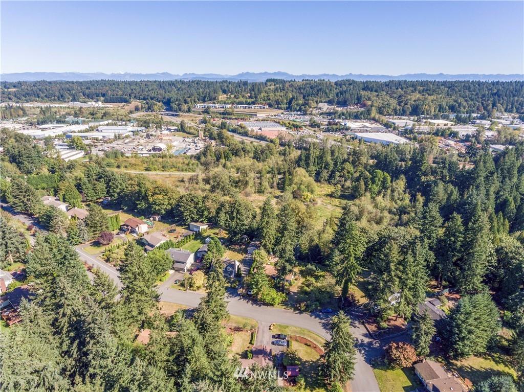 Sold Property | 24024 57th Avenue SE Woodinville, WA 98072 31