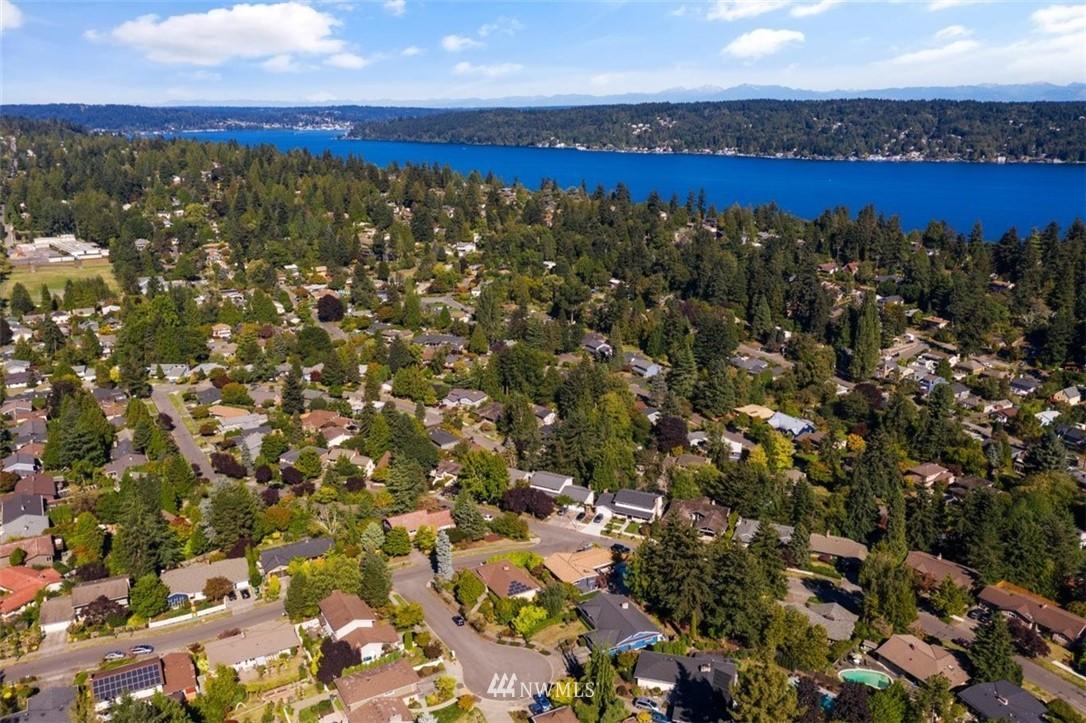 Sold Property | 4105 NE 98th Street Seattle, WA 98115 4