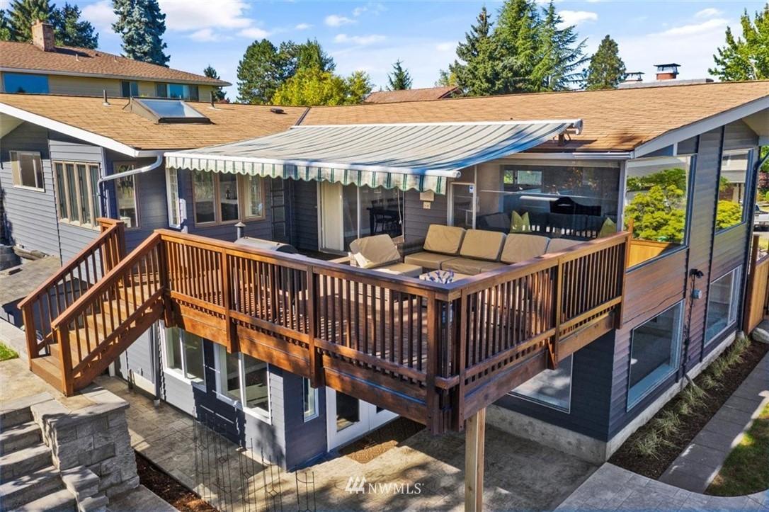 Sold Property | 4105 NE 98th Street Seattle, WA 98115 8