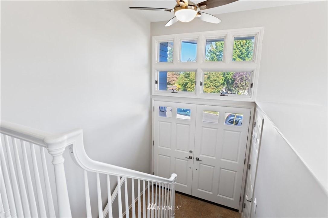 Sold Property | 4105 NE 98th Street Seattle, WA 98115 11
