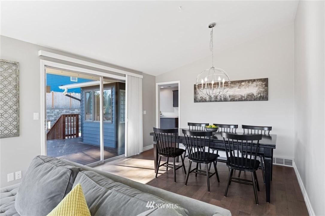 Sold Property | 4105 NE 98th Street Seattle, WA 98115 16