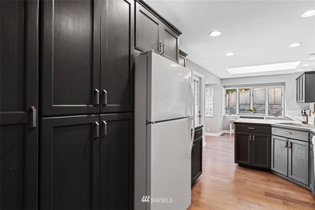 Sold Property | 4105 NE 98th Street Seattle, WA 98115 23
