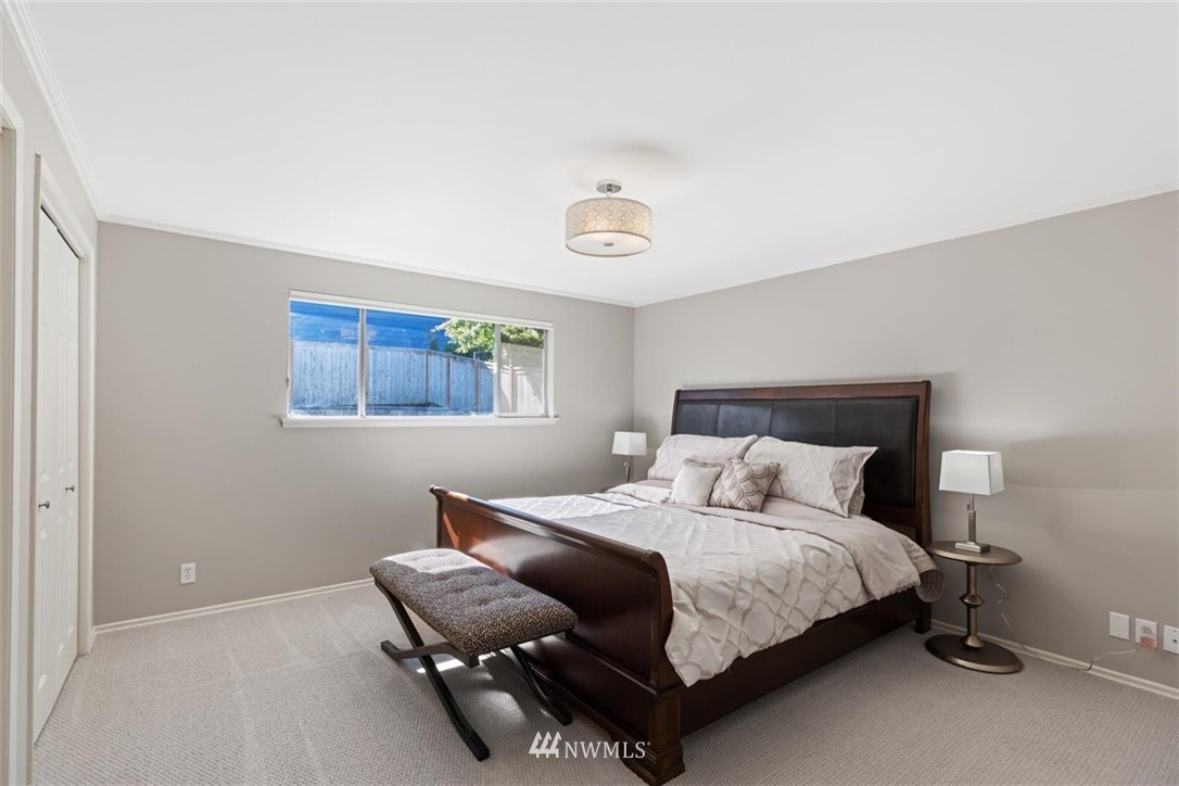 Sold Property | 4105 NE 98th Street Seattle, WA 98115 27