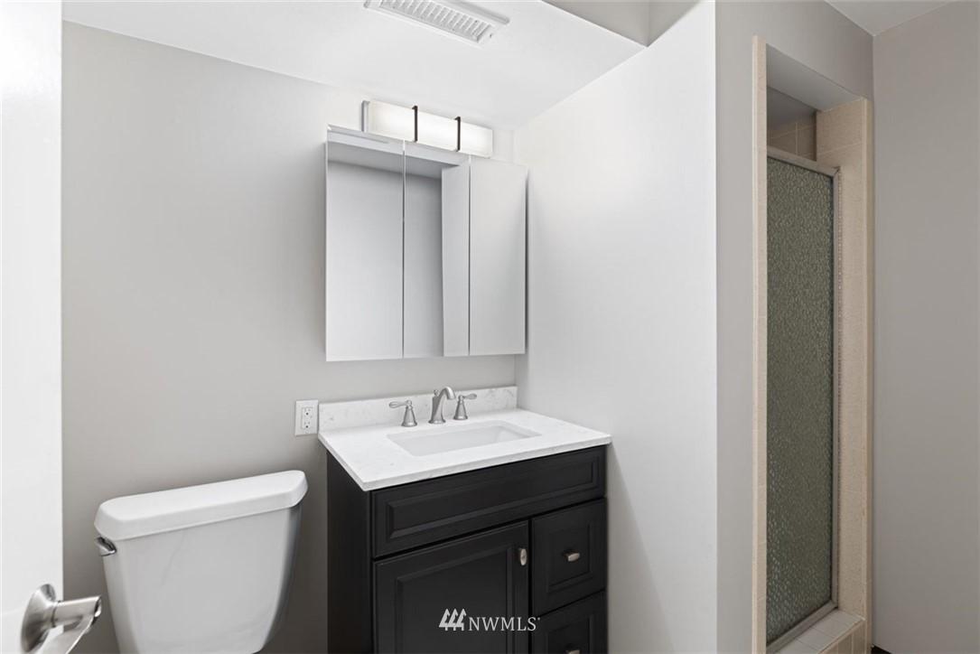 Sold Property | 4105 NE 98th Street Seattle, WA 98115 33