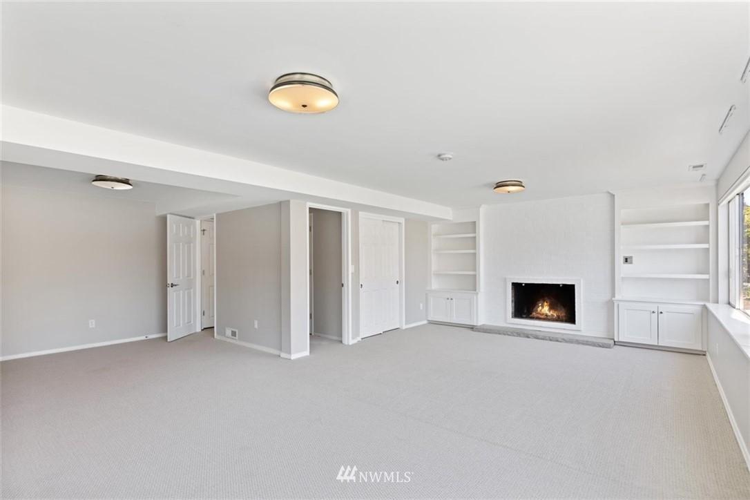 Sold Property | 4105 NE 98th Street Seattle, WA 98115 35