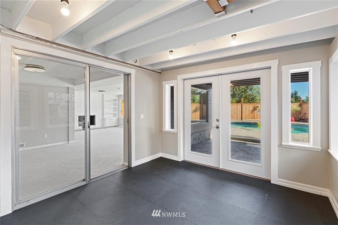 Sold Property | 4105 NE 98th Street Seattle, WA 98115 37