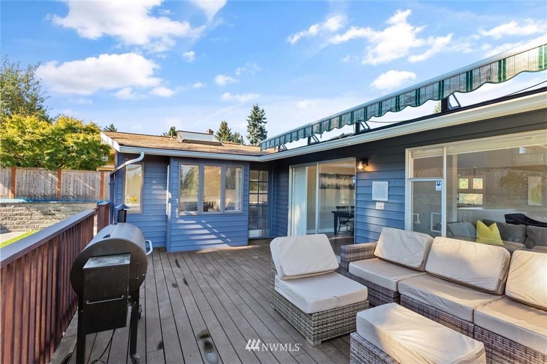 Sold Property | 4105 NE 98th Street Seattle, WA 98115 39