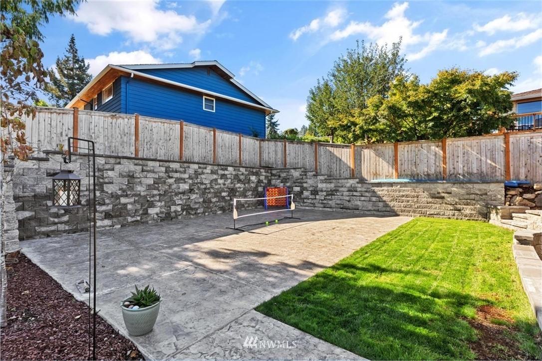 Sold Property | 4105 NE 98th Street Seattle, WA 98115 40