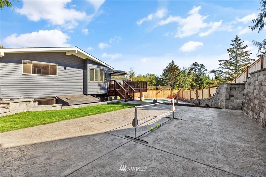 Sold Property | 4105 NE 98th Street Seattle, WA 98115 41
