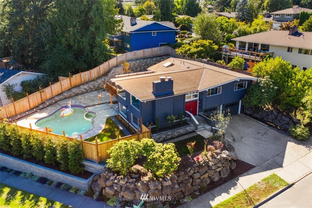 Sold Property | 4105 NE 98th Street Seattle, WA 98115 1