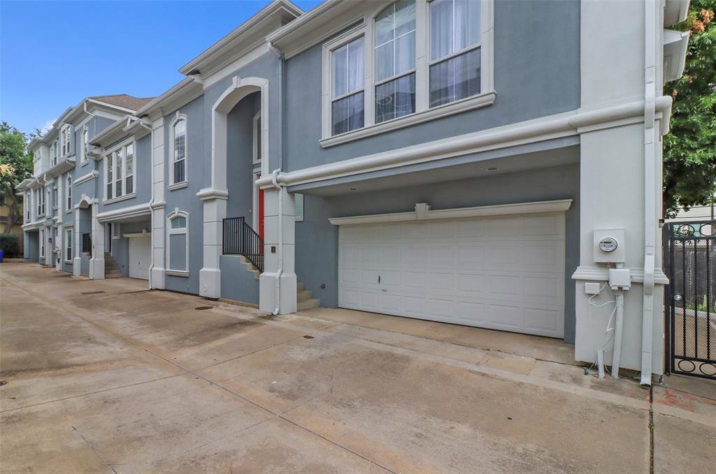 Active | 5006 Cedar Springs Road #A Dallas, Texas 75235 34
