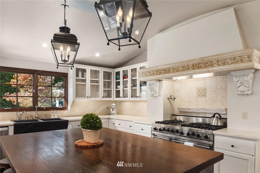 Sold Property | 13772 NE 5th Place Bellevue, WA 98005 10
