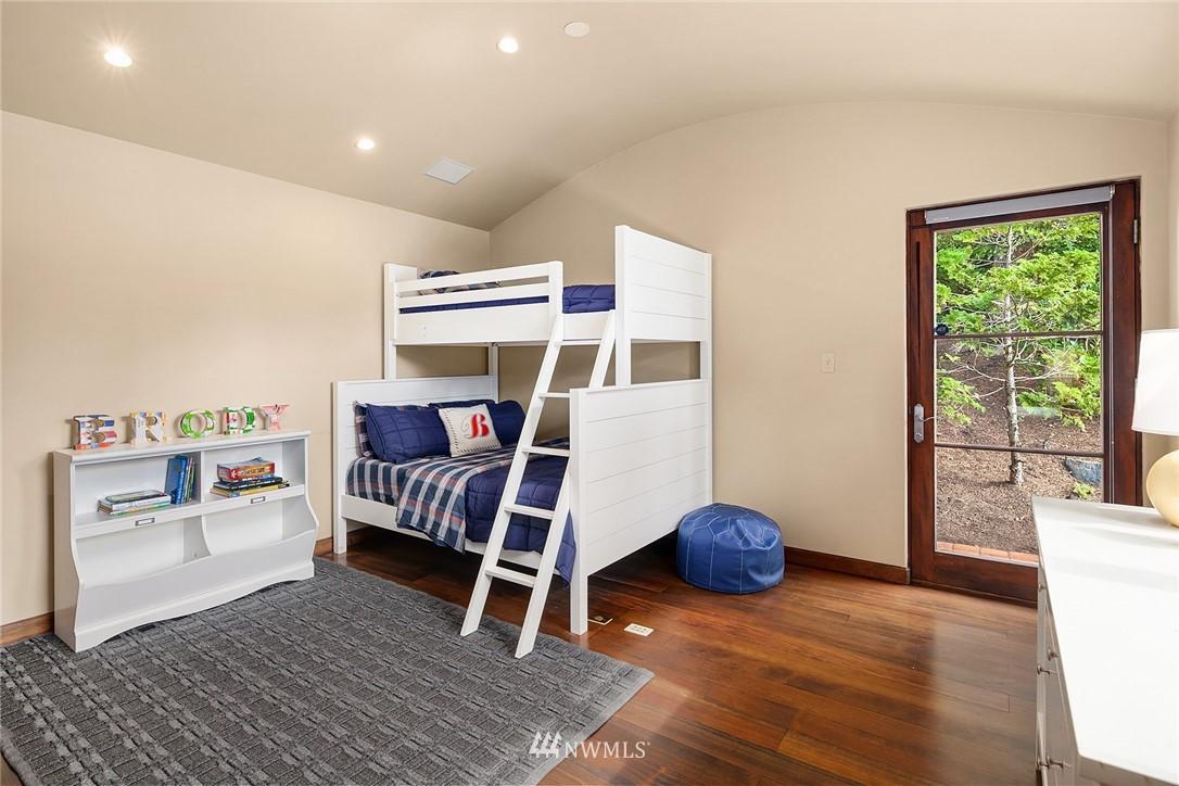Sold Property | 13772 NE 5th Place Bellevue, WA 98005 26