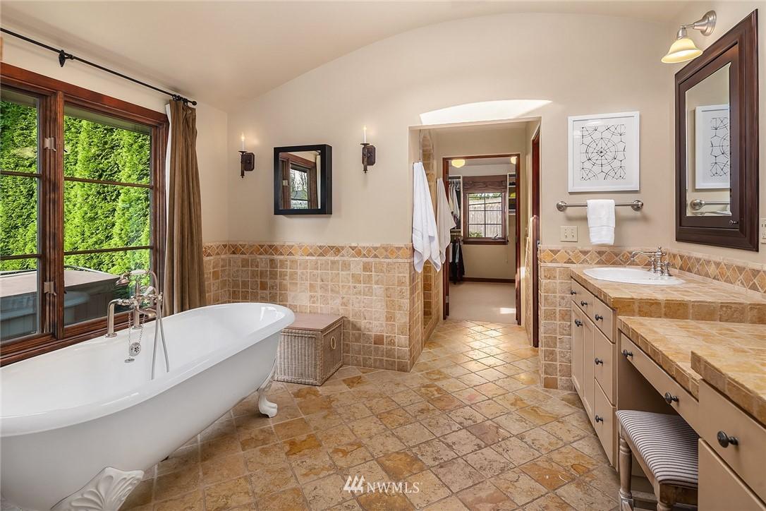 Sold Property | 13772 NE 5th Place Bellevue, WA 98005 18
