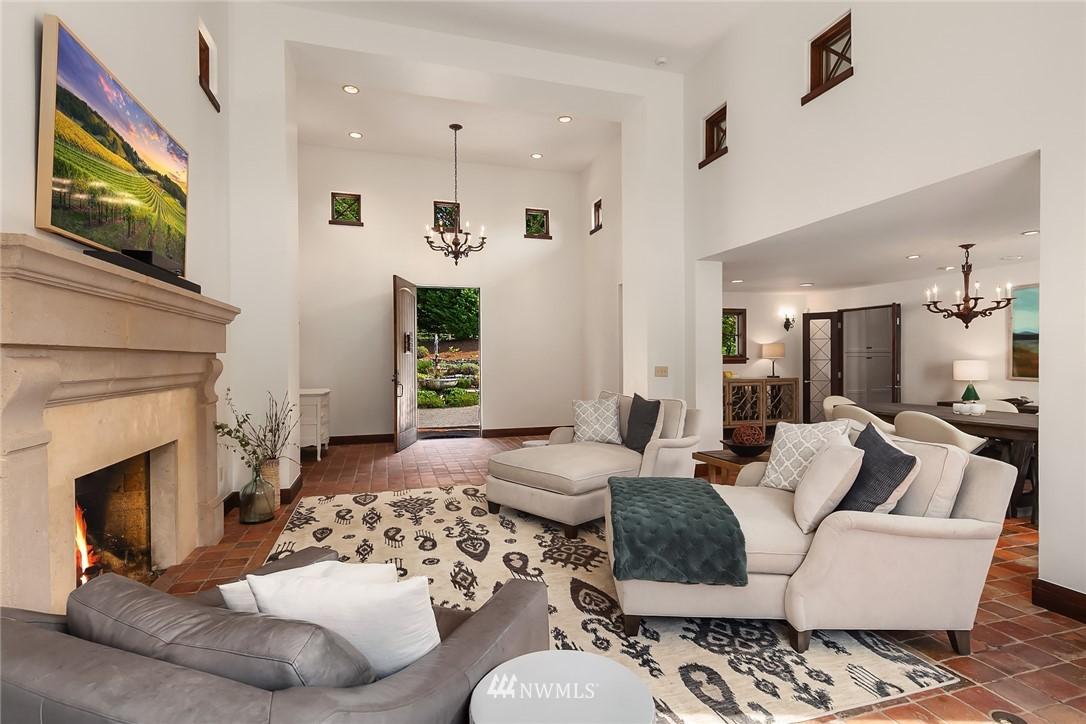 Sold Property | 13772 NE 5th Place Bellevue, WA 98005 4