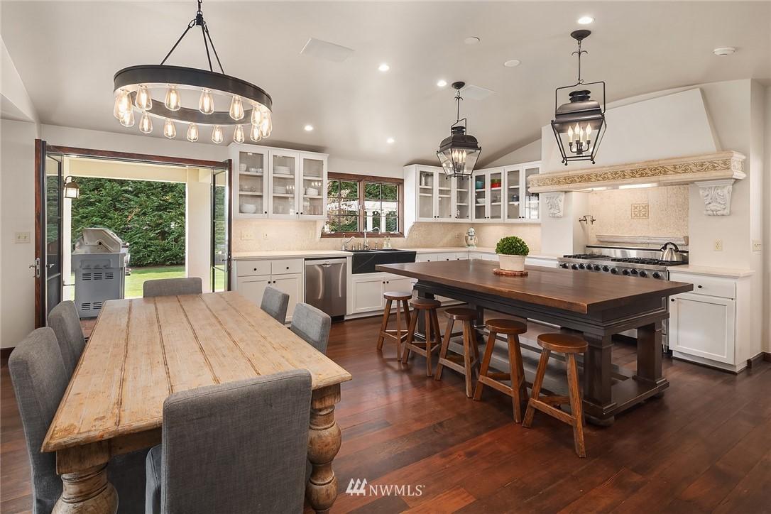 Sold Property | 13772 NE 5th Place Bellevue, WA 98005 8