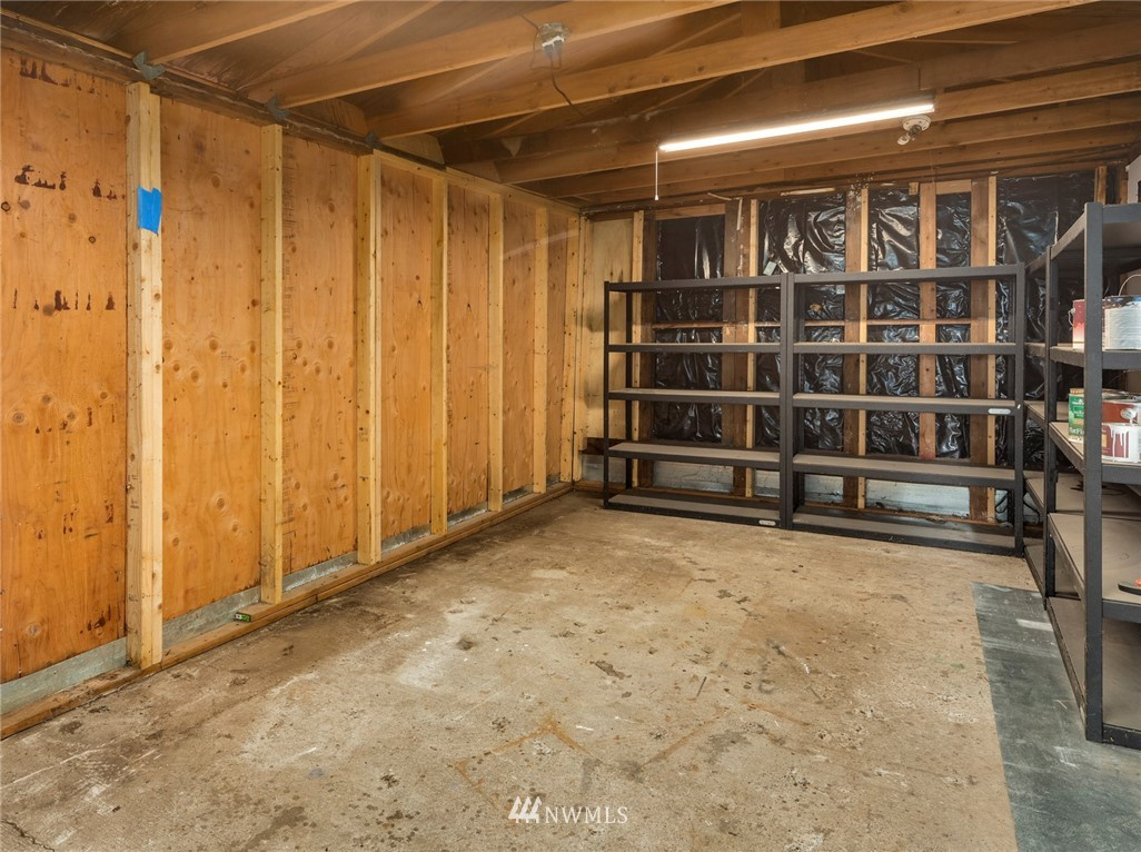 Sold Property | 8322 11th Avenue NW Seattle, WA 98117 38