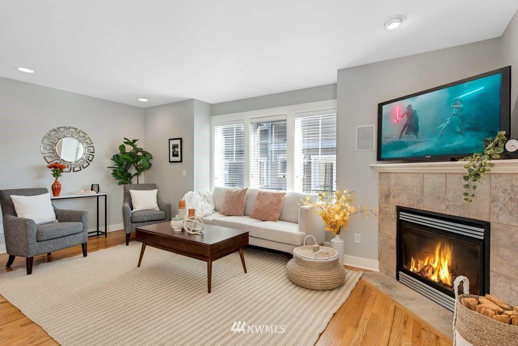 Sold Property | 3219 21st Avenue W Seattle, WA 98199 7