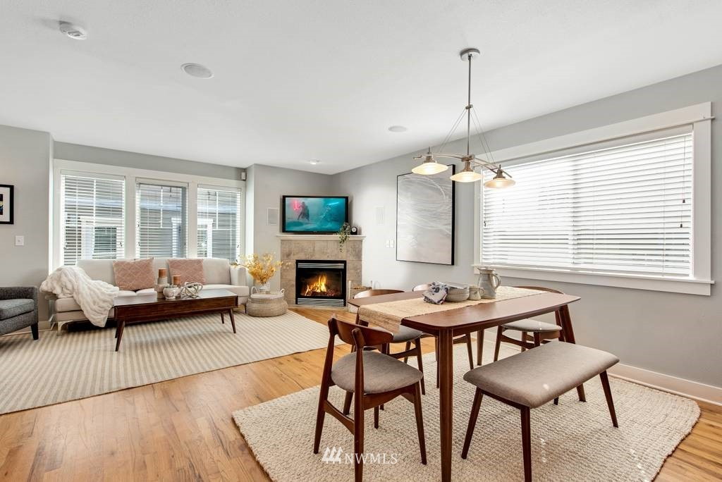 Sold Property | 3219 21st Avenue W Seattle, WA 98199 9