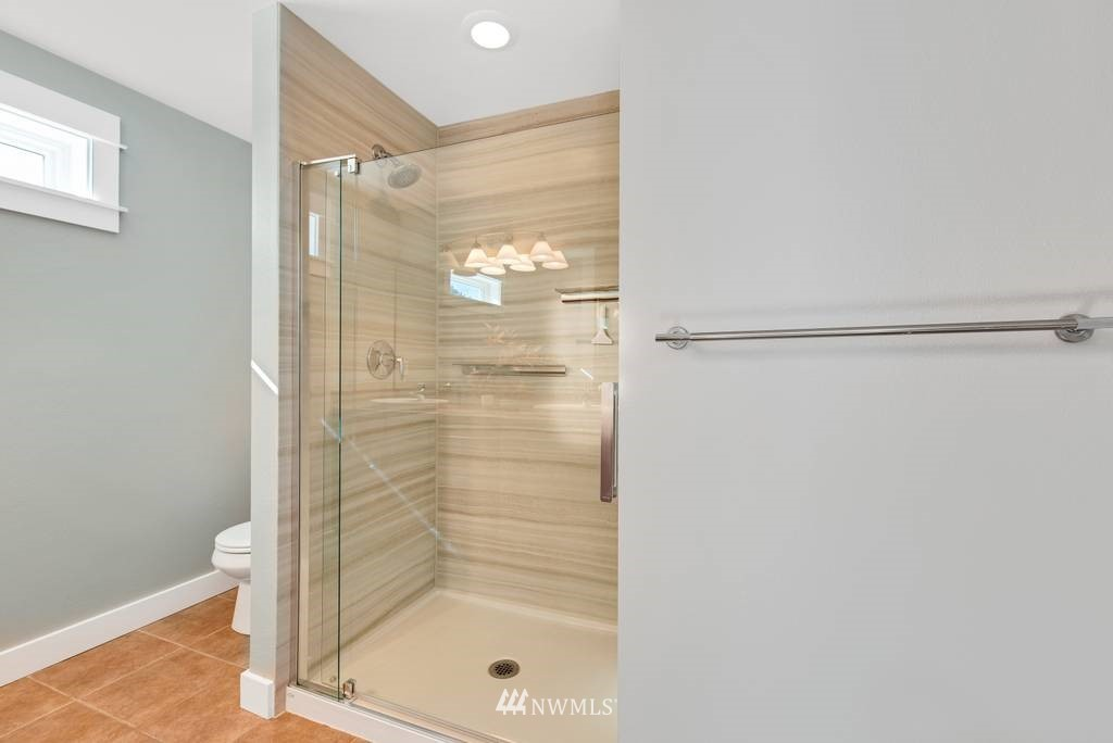 Sold Property | 3219 21st Avenue W Seattle, WA 98199 14