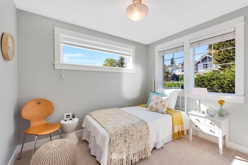 Sold Property | 3219 21st Avenue W Seattle, WA 98199 15