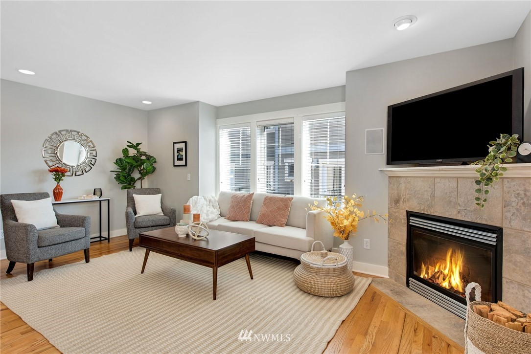 Sold Property | 3219 21st Avenue W Seattle, WA 98199 10