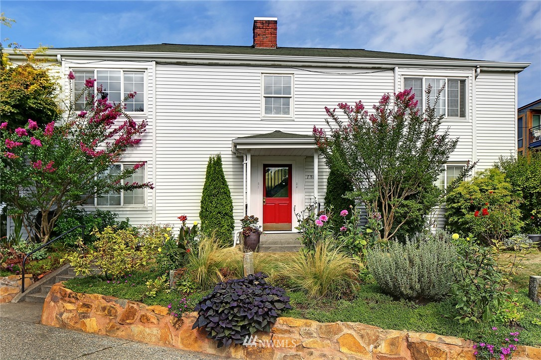 Sold Property   7866 Green Lake Drive N #3 Seattle, WA 98103 0