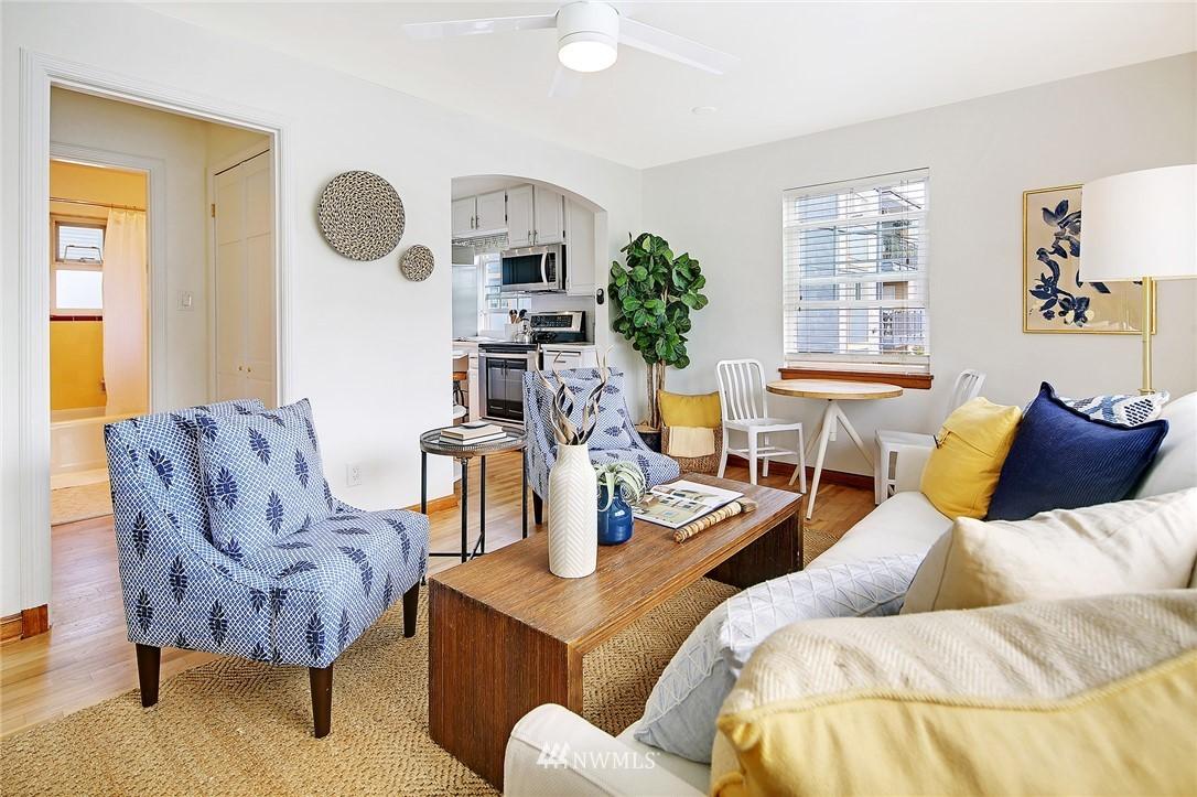 Sold Property   7866 Green Lake Drive N #3 Seattle, WA 98103 2