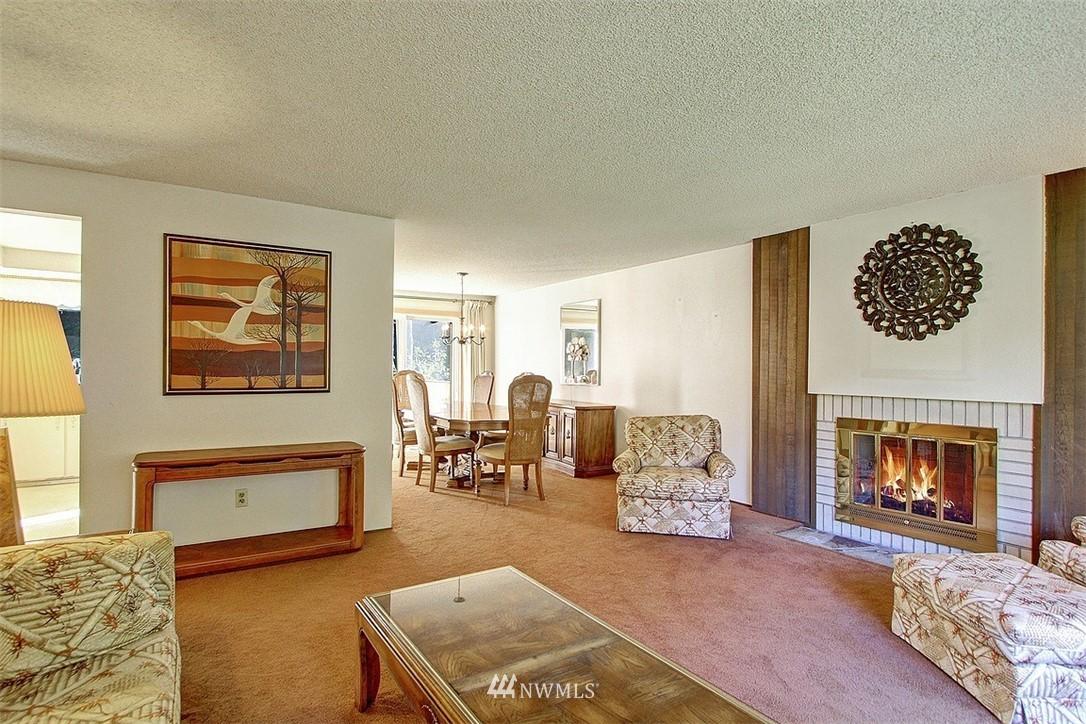 Sold Property | 7435 NE 118th Place Kirkland, WA 98034 3