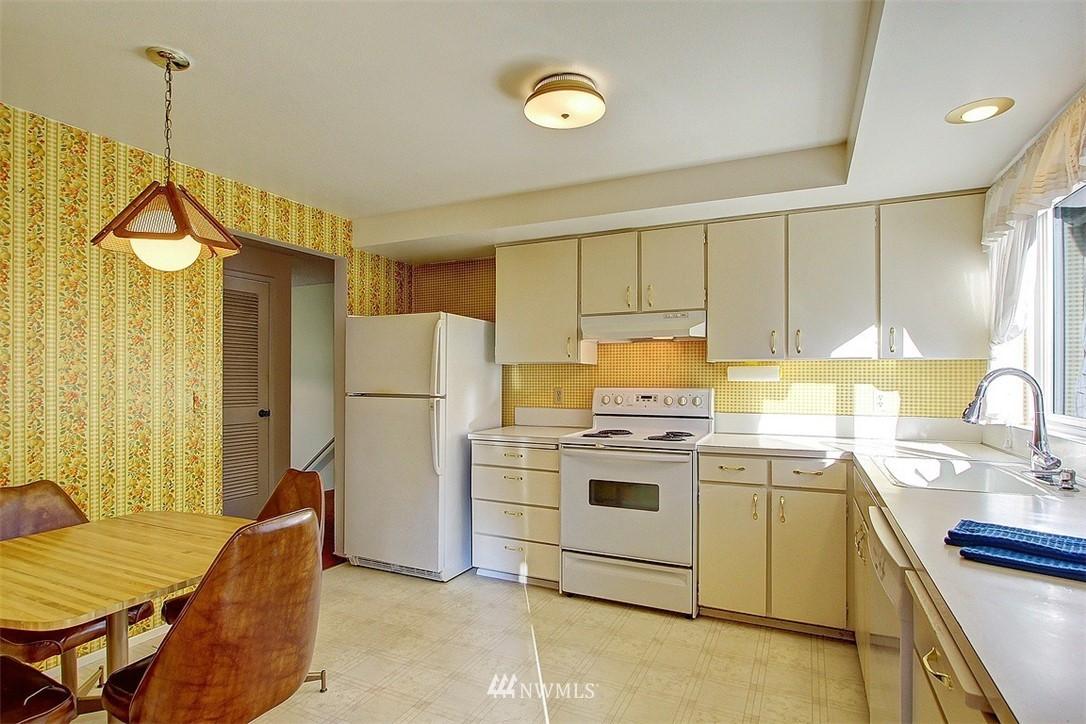 Sold Property | 7435 NE 118th Place Kirkland, WA 98034 4
