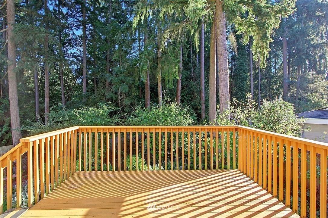 Sold Property | 7435 NE 118th Place Kirkland, WA 98034 7