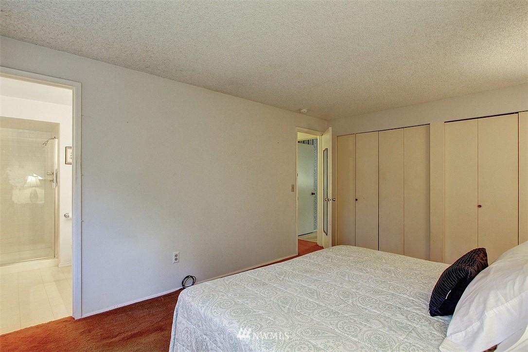 Sold Property | 7435 NE 118th Place Kirkland, WA 98034 8