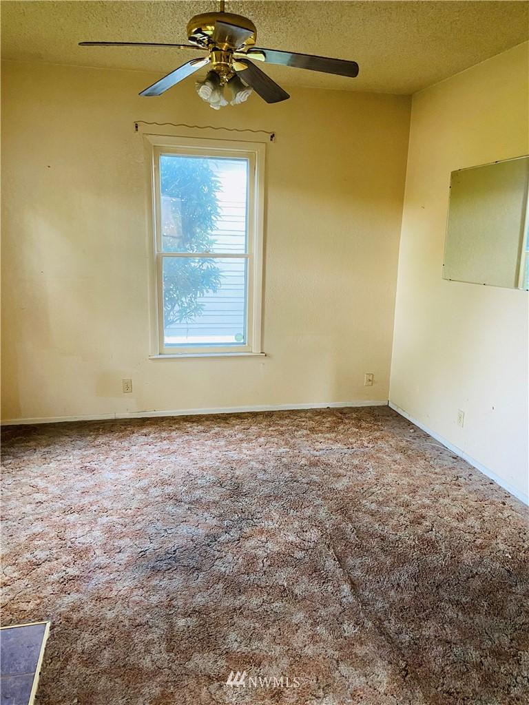 Sold Property | 222 E Street SW Auburn, WA 98001 3