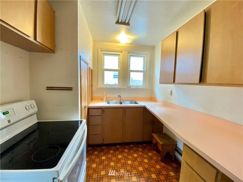 Sold Property | 222 E Street SW Auburn, WA 98001 4